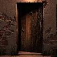Creaking door (generic)